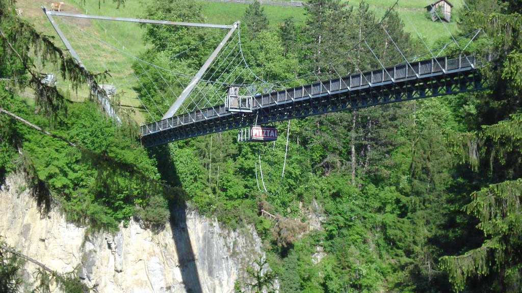 Bungy Jumping im Pitztal