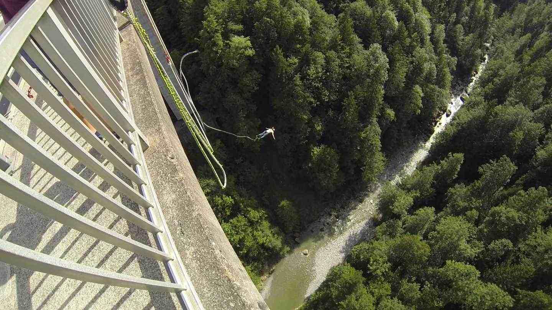 Bungee-Jumping-Bregenz-Lingenau-Österreich